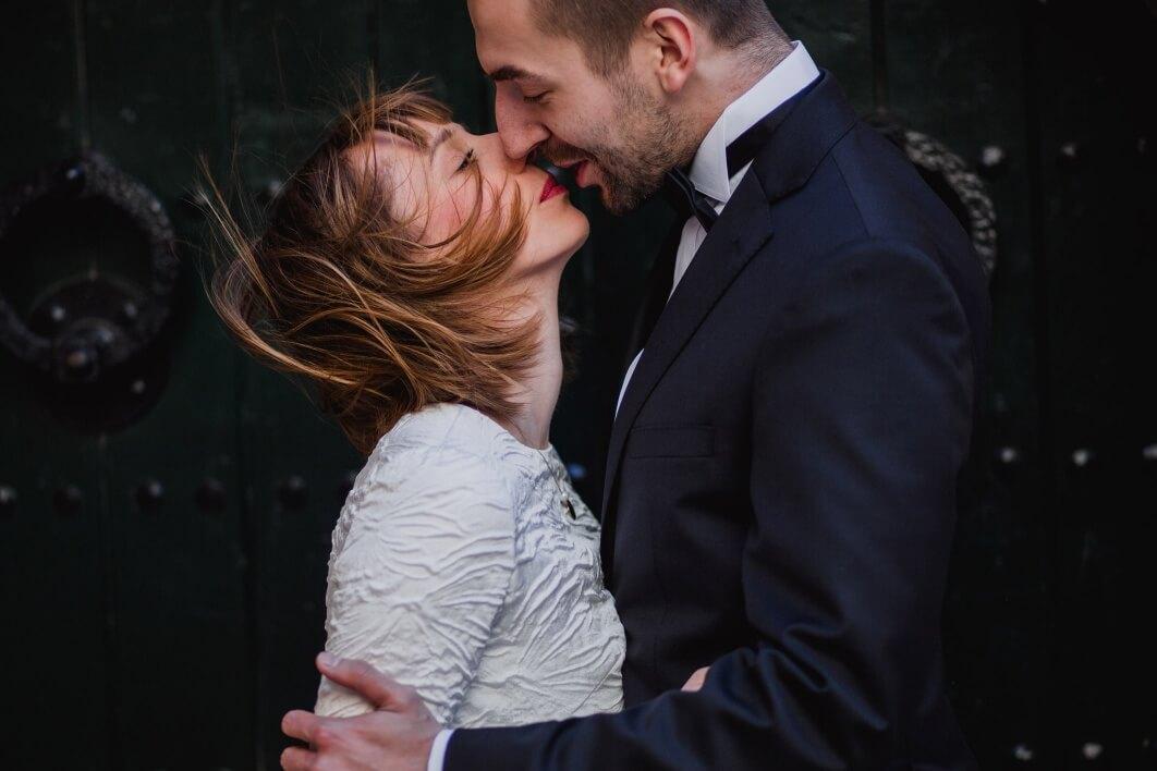 windy kiss 1