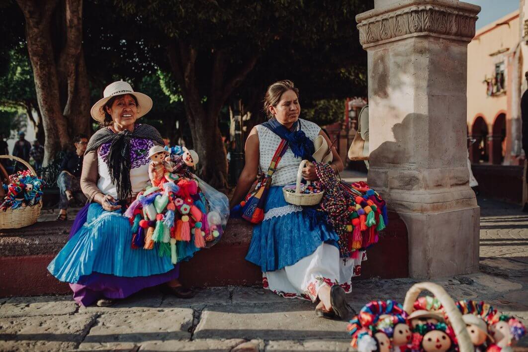 005-callejoneada-San-Miguel-de-Allende-1062x708