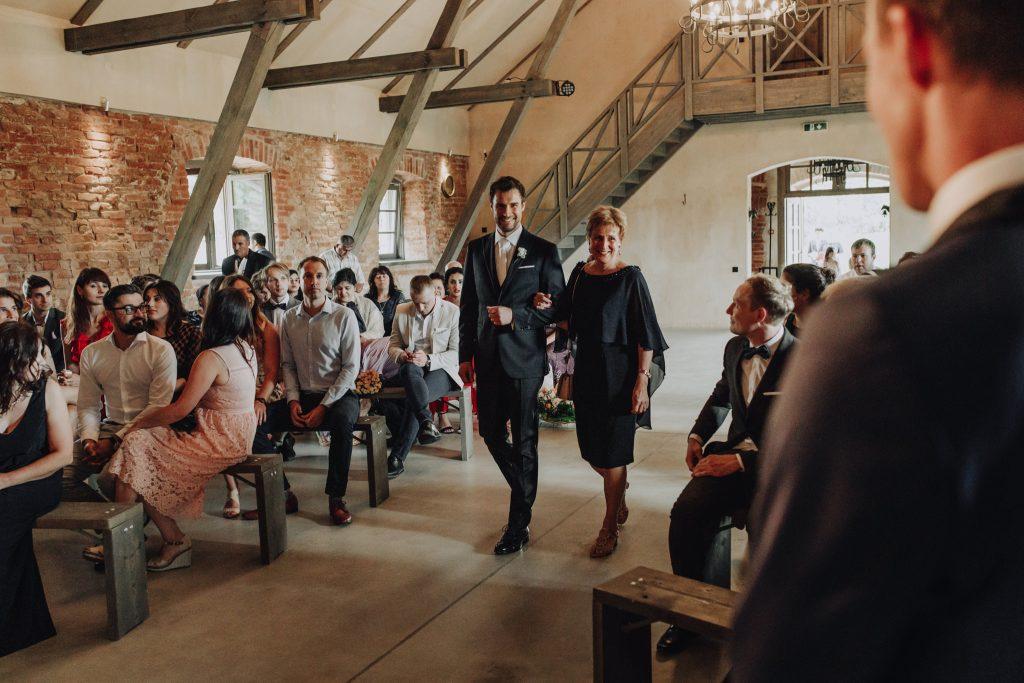 Mazmezotnes Muiza wedding Latvia
